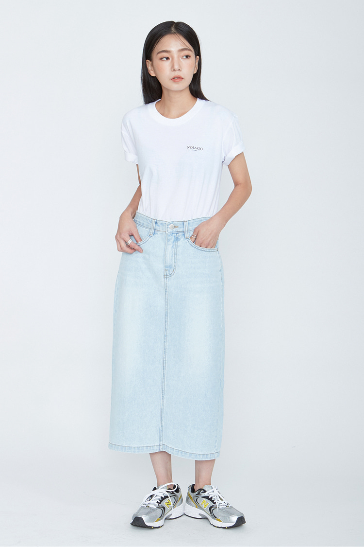 NOI074 back slit denim long skirt (light blue)
