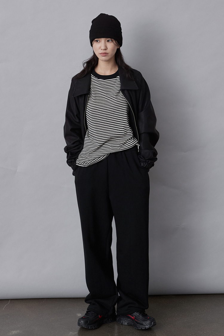 NOI120 long wide sweat pants (black)