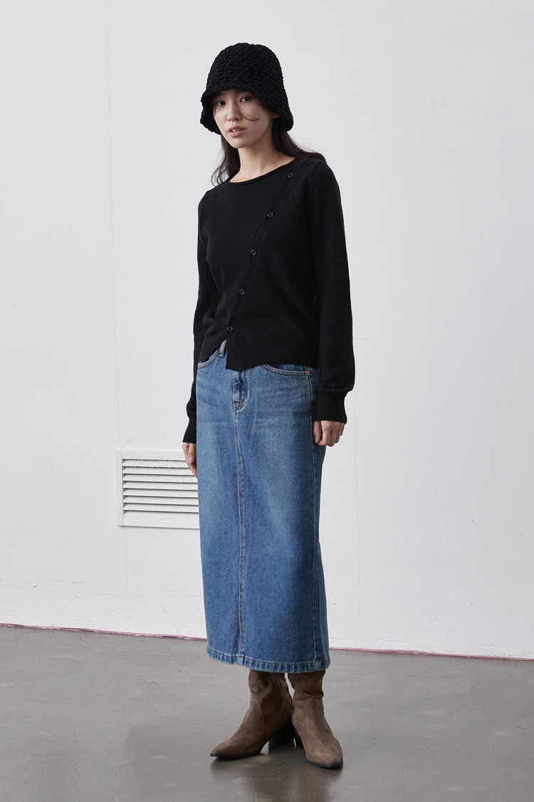 NOI139 back slit denim long skirt (blue)