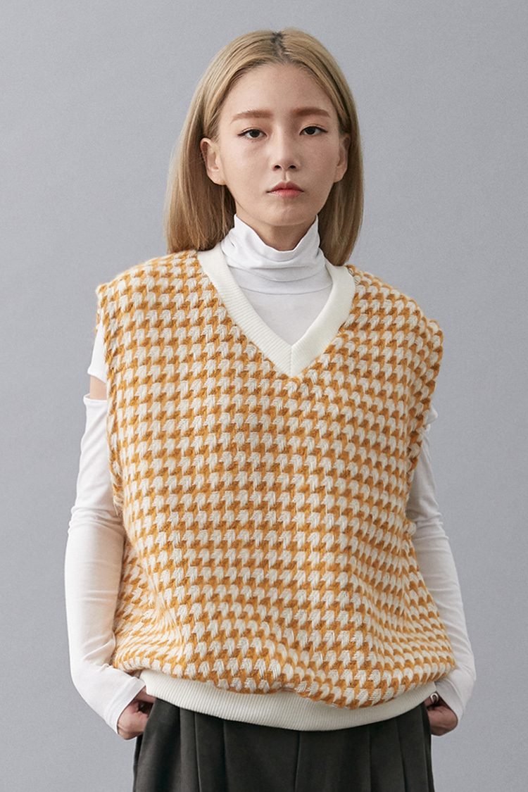 NOI165 arrow knit vest (yellow)