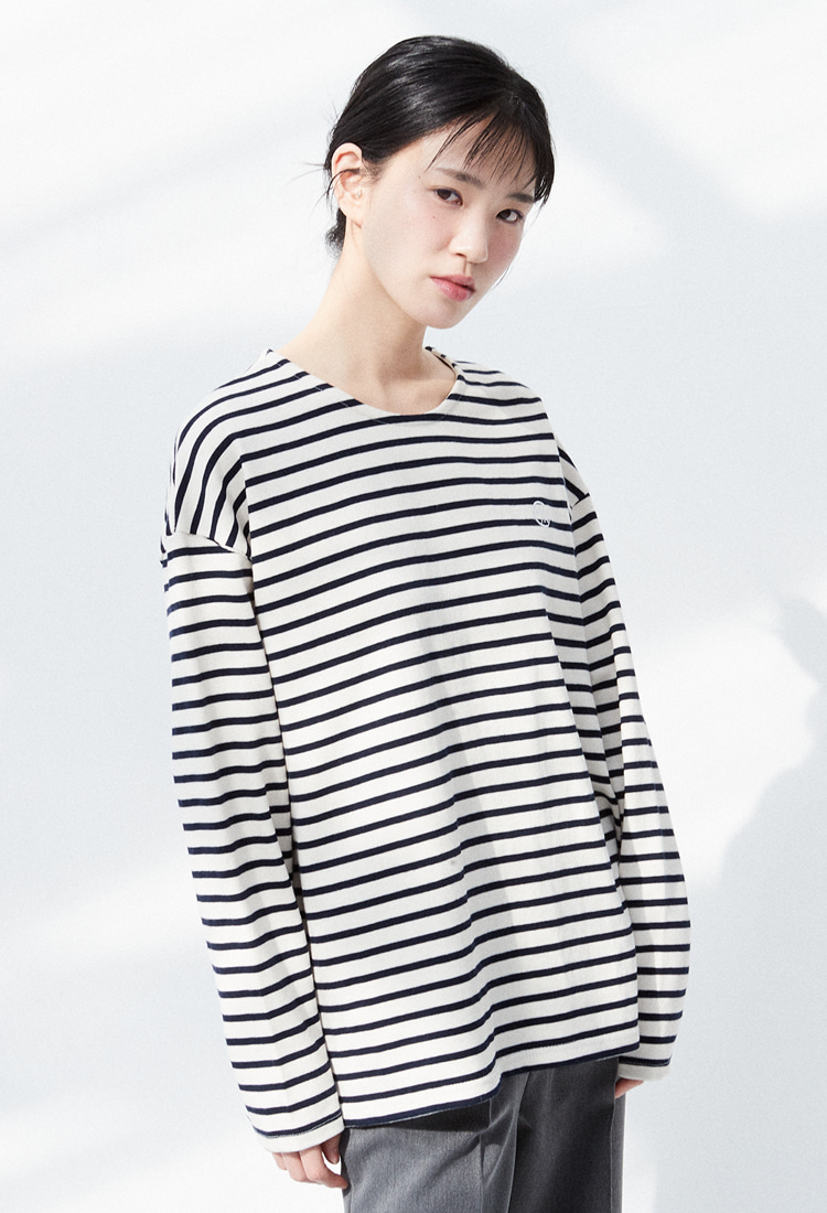 NOI320 basic stripe longsleeve (white)