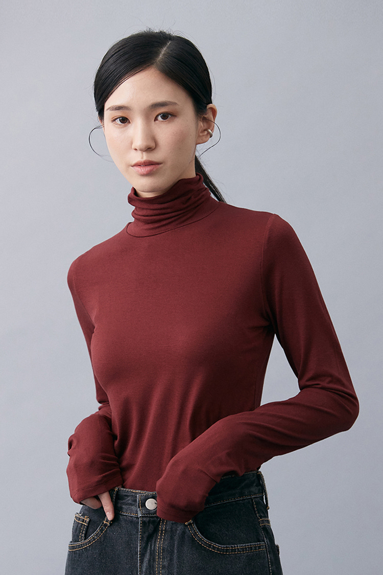 NOI147 slim fit rayon turtleneck (wine)