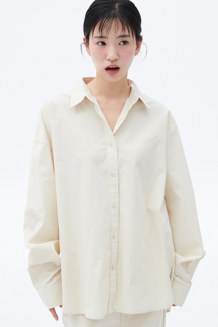 NOI283 overfit logo shirts (light beige)