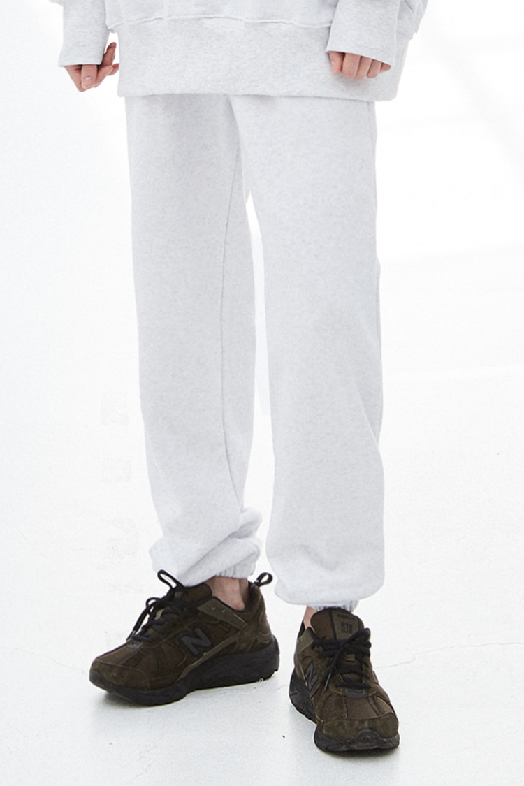 NOI273 essential sweat jogger pants (ivory)